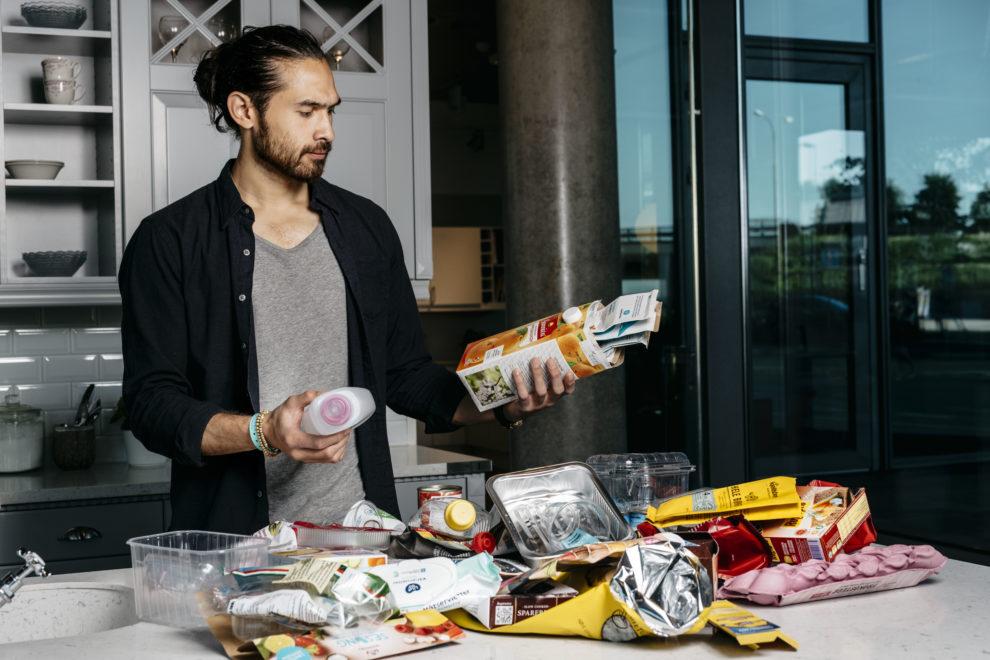 Sortering av emballasje. Foto: Fartein Rudjord